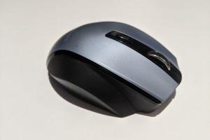 Снимка номер 2 за AmazonBasics - Ергономична безжична мишка - DPI регулируема