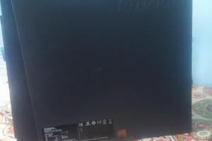 Снимка номер 4 за Монитор и празна котия от компютър с хардиск.