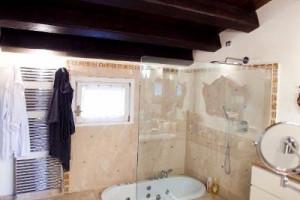 """Снимка номер 4 за """"Домус меа"""" предлага ремонтни дейности в италиански стил"""