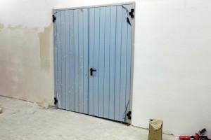 Снимка номер 3 за Доставка , монтаж и ремонт  на:  секционни   врати